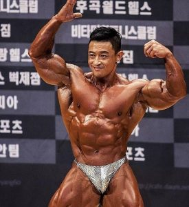 Kim Jun Ho is a beast among Korean bodybuilders